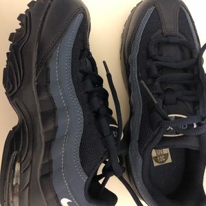 Brand New Nike AirMax 95 Blue Suede Boys 12C